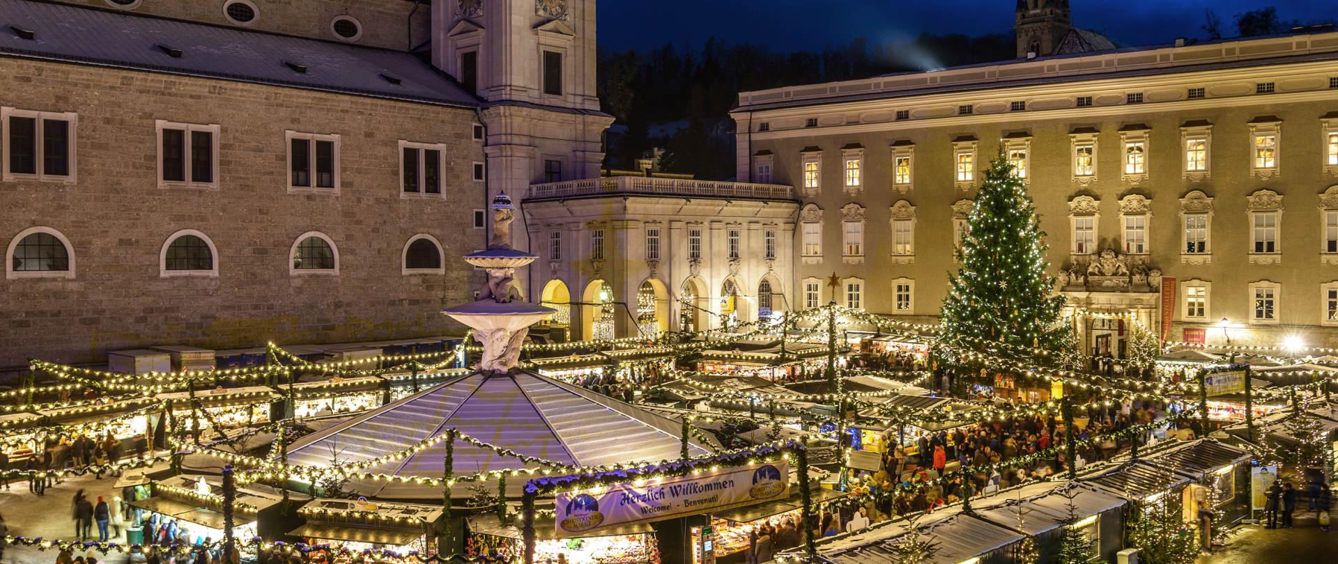 Salzburg Christmas Market.Salzburg Christmas Tour